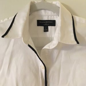 Banana republic button down with black piping